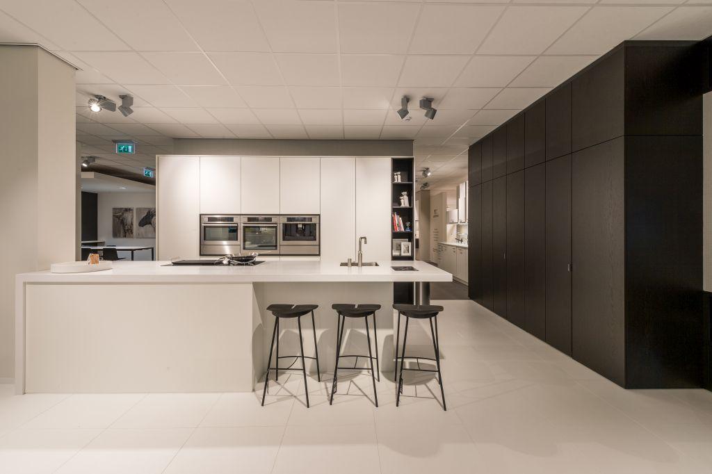 Keukens en interieur in totaalconcept lochristinaar for Interieur beurs gent