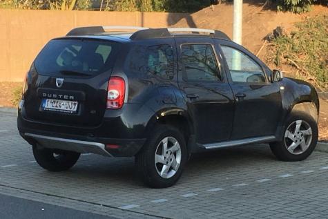 Wie rijdt er allemaal zo rond in een Dacia Duster?