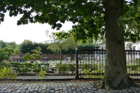 Dorp Zeveneken kerkhof zeven eiken
