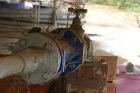 grondwater pomp en meter