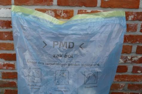 Blauwe PMD zak vereenvoudigen