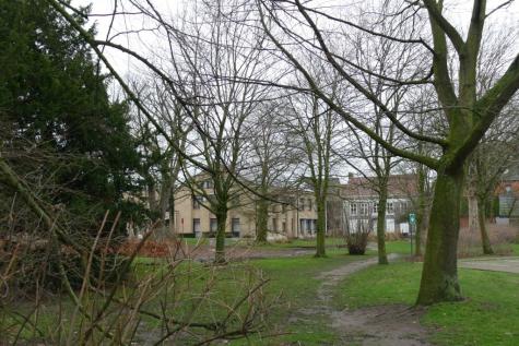 park gemeentehuis Lochristi