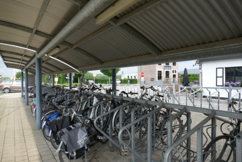 fietsenstalling station Beervelde