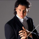 Dmitri Jurowski is de nieuwe chef-dirigent. © D.J. 2007